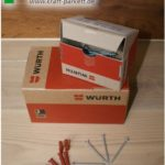 Schrauben + Dübel, 50Stück von Würth für Sockelleisten, 3,5x50mm, 3 Farben möglich