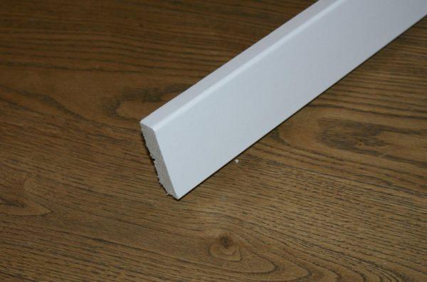 50 lfm Sockelleisten Weiß, 16x58mm, HOCO CUBE 631UM, Fichtenkern (ab 2,59€ /lfm)