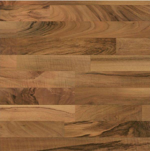 Nussbaum 211 | Meister Laminat Micala LC 200 S | 3-Stab Diele